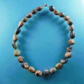 P232 Burnt umber pebble necklace