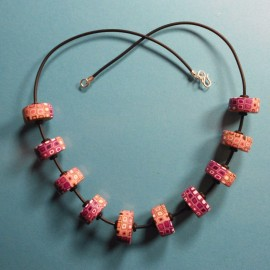 S216 klimt disc bead neckalce