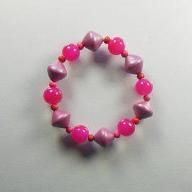 P300 pink pearly stretch bracelet