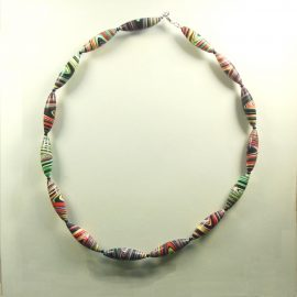 S396 long swirl bead necklace £26