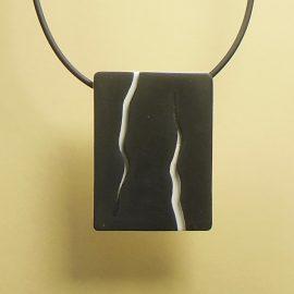 S401 black and white minimal pendant. £21