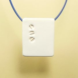 S403 white minimal pendant 1. £21